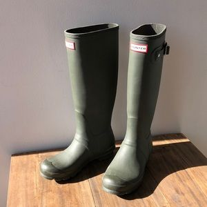 Khaki Hunter boots